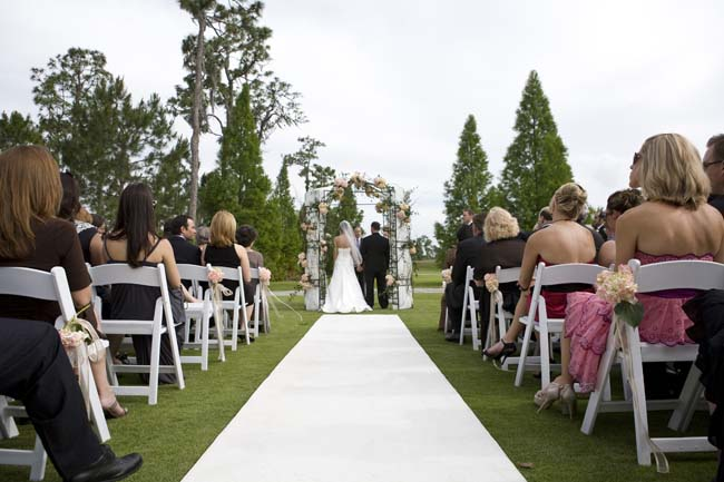 A Classic Florida Wedding via TheELD.com