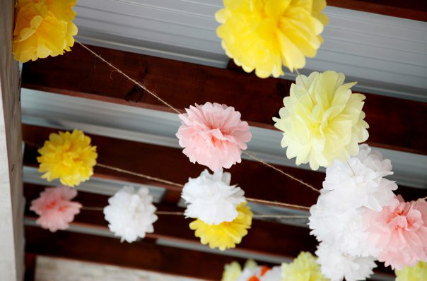 DIY Tissue Paper Flowers Via TheELD
