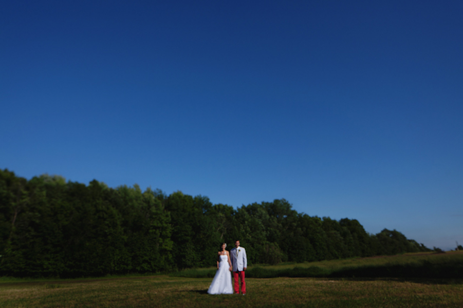 Unique Michigan Orchard Wedding {Part 2}  via TheELD.com