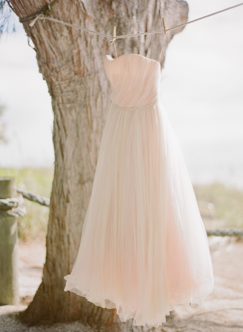 Natural Beach Chic Inspiration Shoot | Every Last Detail