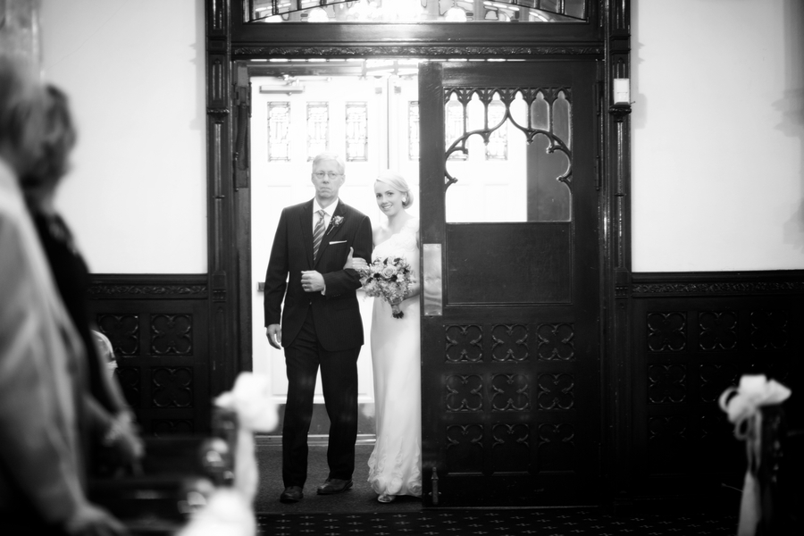 Elegant & Pastel Philadelphia Wedding via TheELD.com