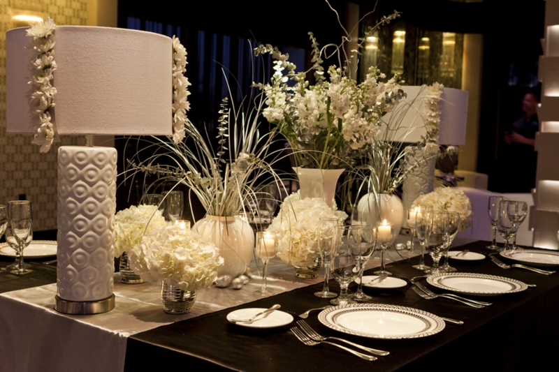 Modern Chic Black & White Wedding Inspiration via TheELD.com